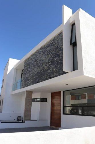 Preciosa Casa En La Condesa Juriquilla, Doble Altura, Roof Garden, 3 Recamaras