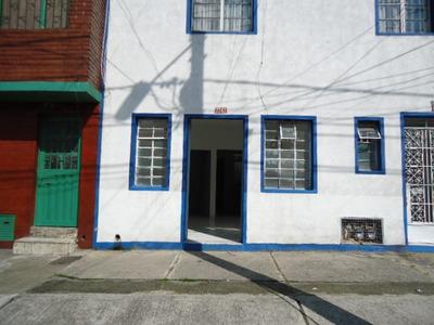 Se Arrienda Aparta-estudio Barrio Gaitan Bogota