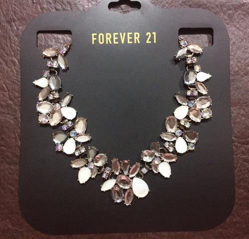 Forever 21 Collar Colgante Strass Piedras Gemas Flores