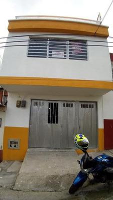 Casa En Segundo Piso En Barrio Granada