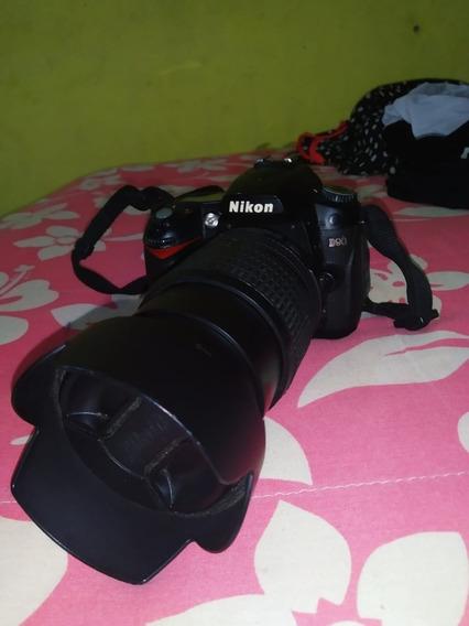 Câmera Nikon D90 + Lente 18-105mm