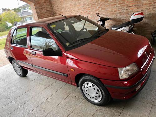Imagen 1 de 10 de Renault Clio 1.4 Rt 1995