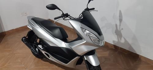 Honda Pcx 2018 Prata , Automatica.