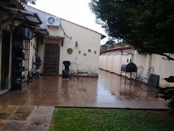 Vendo Hermosa Casa En Villa Morra. E2176.