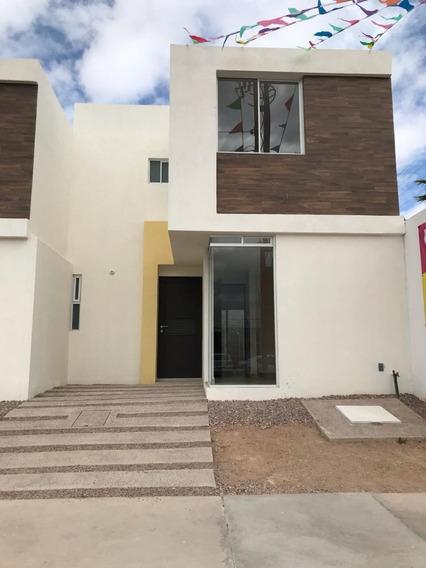 Casa En Venta En Hacienda De Los Morales, Sgs