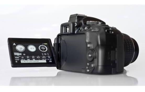 Nikon D5300 Full Hd 18-55mm+70-300mm+64gb+bolsa+tripé 12 S/j