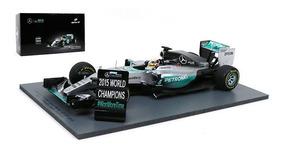 Miniatura Mercedes F1 W06 Hybrid Lewis Hamilton Spark 1/18