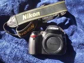Câmera Profissional Nikon D3000 Quase Sem Uso