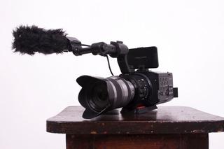 Cámara De Cine Nex-fs-100 Con Lente 18-200