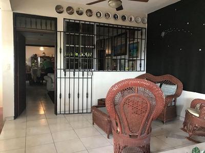 En Venta Amplia Casa En Gazcue Con 4hab Y 3 Baños