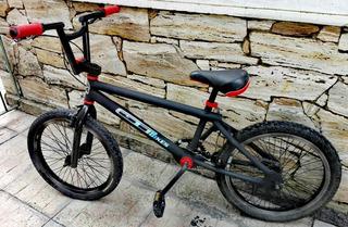 Bicicleta Bmx (gt Réplica)