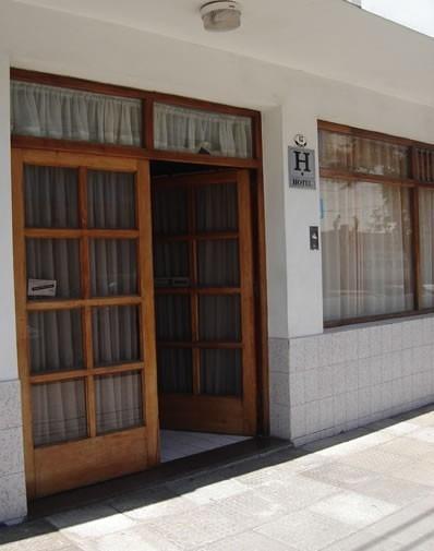 Vendo-permuto-financio Excelente Hotel Centro De Mar De Ajo