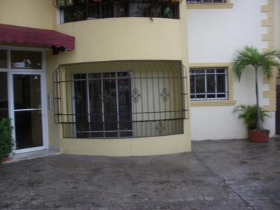 Apartamento En Alquiler En Calle Bonaire De Alma Rosa Ii