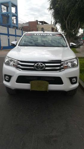 Toyota Hilux 4x4 2016