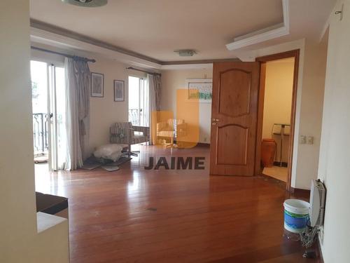 Apartamento Com 230m², 4 Dormitórios Sendo 2 Suites E 4 Vagas. - Ja15577