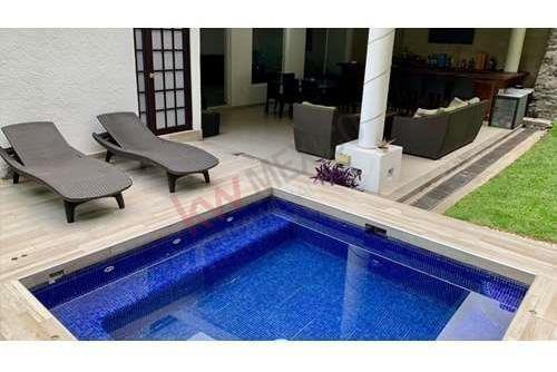 En Venta Residencia Familiar En Cuernavaca, Morelos