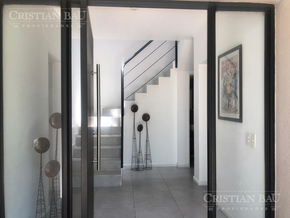 Casa Amoblada En Alquiler En Los Lagos, Nordelta