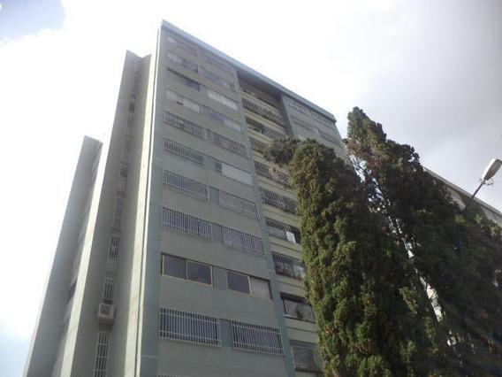Haga De Este Apartamento Su Paraíso En Manzanares.