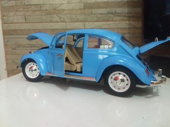 Fusca Miniatura Volkswagen Escala 1/18 Verde Azul Branco P/e