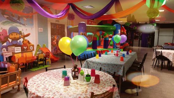 Local Comercial Salón De Eventos Infantiles