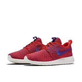 Tênis Nike Roshe One Flyknit Feminino.