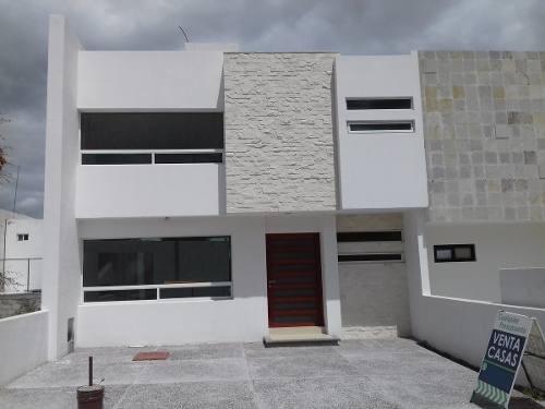 Bonita Casa En El Refugio T. 128 M2, C.152 M2, 3 Rec, 2.5 Baños, Sala Tv