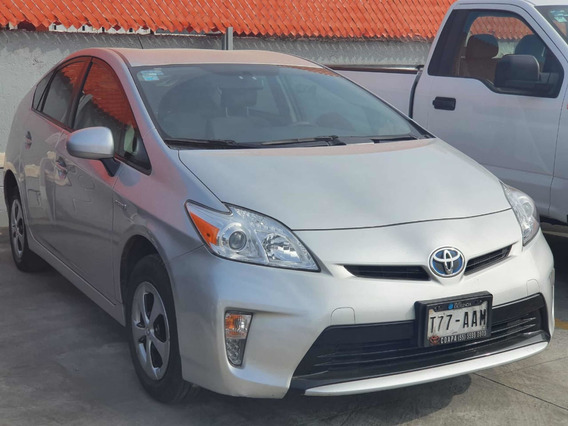 Toyota Prius 2015 Base Plata Comonuevo 3 Años De Garantia