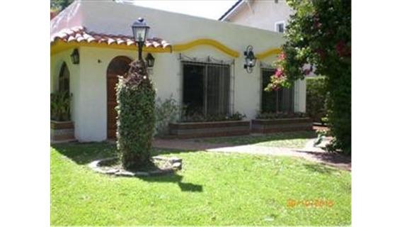 Venta Hermoso Chalet Estilo Colonial En Country Loma Verde