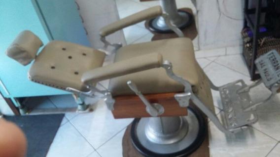 Cadeira De Barbeiro Retro