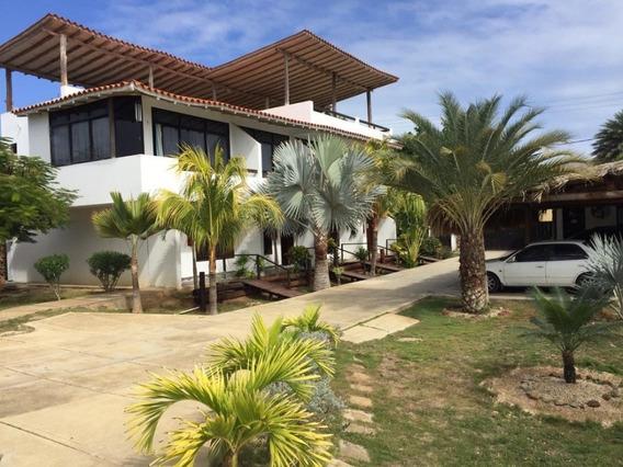 Vendo Posada En Playa El Yaque, Isla De Margarita