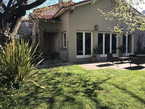 Excepcional Casa En Playa Grande