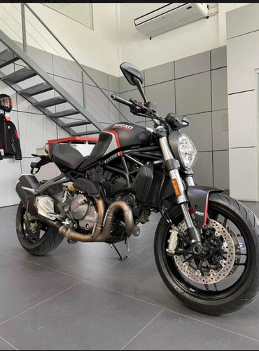 Ducati Mouster 821 Stealth