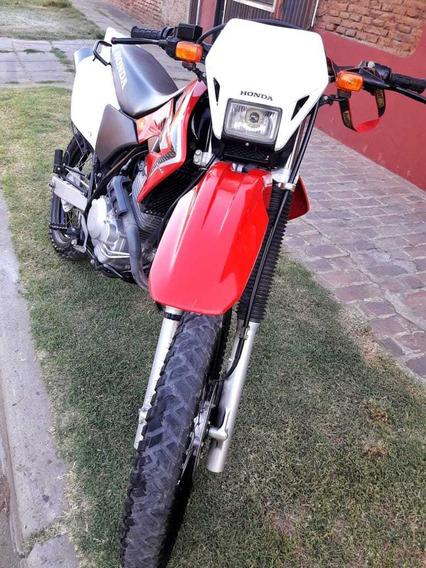 Tornado 250 Honda