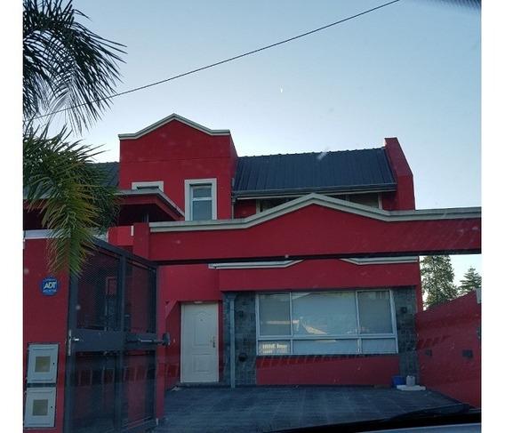 Barrio El Pato, Duplex Impecable A La Venta Con Pileta!!