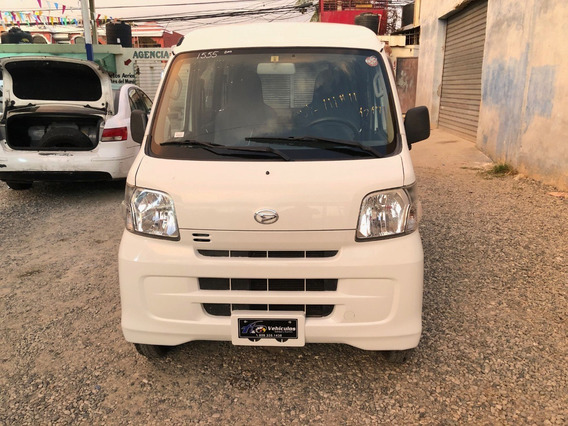 Daihatsu Hijet 2013