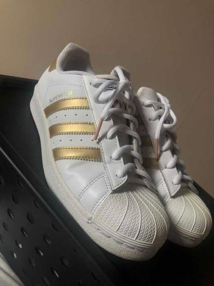 Tênis Superstar adidas Dourado