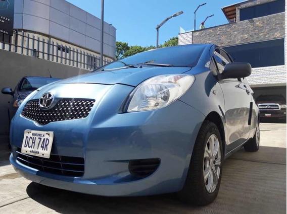 Toyota Yaris Sincrónico 4cil