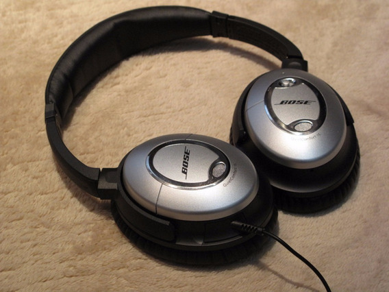 Bose Quietcomfort 15 Acoustic Noise Cancelling Headphone