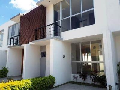 En Renta Casa Dentro Coto Zona Real - Tec De Monterrey