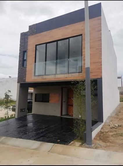 Casa En Renta Coto Sivec, La Periquera