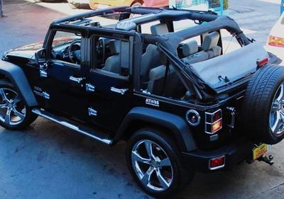 Jeep Wrangler 3.8 Unlimited Sport Aut. 4p - Conversível