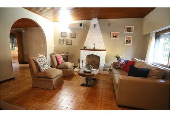 Casa En Venta San Fernando 3 Habitaciones Cochera