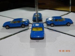 Corgi Rover 3500 Azul B109