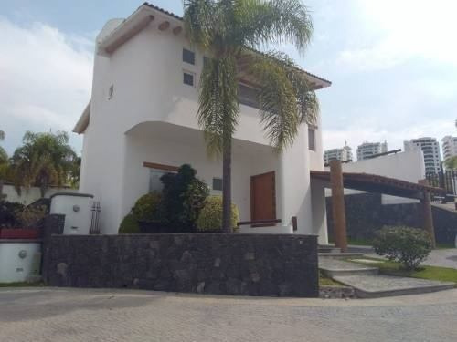 Hermosa Residencia En Juriquilla, Frente Al Lago, Alberca..