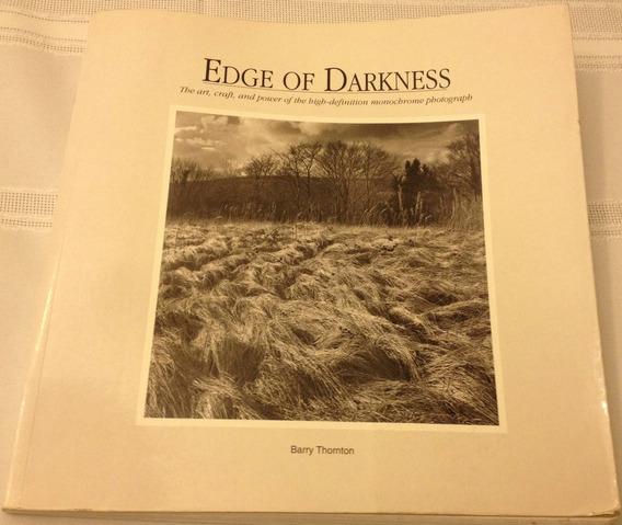Edge Of Darkness - Fotografia - Barry Thornton
