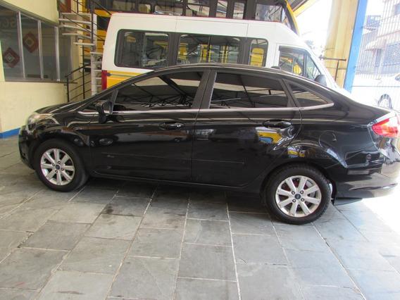 Ford New Fiesta Sedan 2011