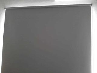 Cortina Roller Blackout 2.10m X 1.95m