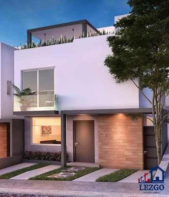 Casas De Lujo En Zibata Con Excelentes Acabados Con Suite