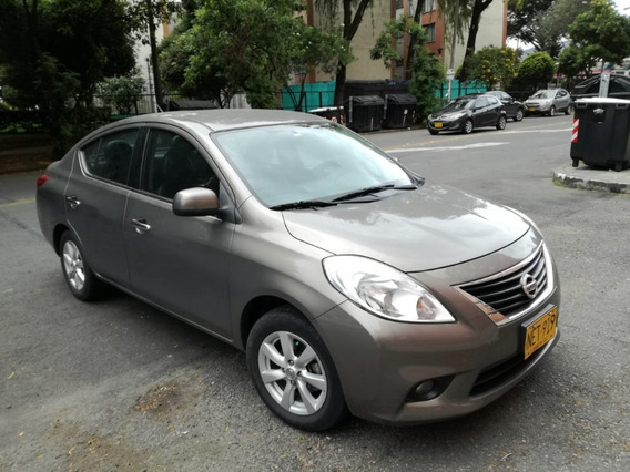 Nissan Versa Aut.gris Brown 1.6 Cojineria Cuero Excelent Est