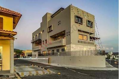 Departamento En Venta Con Espacios Amplios Y Armoniosos, Altavista Elite Juriquilla